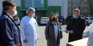 Фонд Порошенка передав реанімаційне обладнання Вінницькій міській лікарні №1