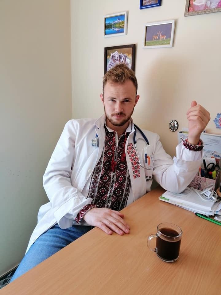 Віталій упевнений, що заразився коронавірусом на роботі