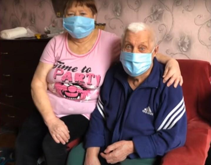 Для порятунку бабусі й дідуся дали список на 30 тисяч: внучка розкрила правду про лікування COVID-19 на Харківщині